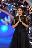 Aishwarya Lakshmi at asianet film awards 2018 (8)