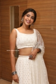 Aishwarya Lekshmi in white dress (22)