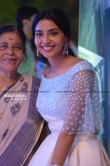 Asihwarya Lekshmi at asianet film awards (14)