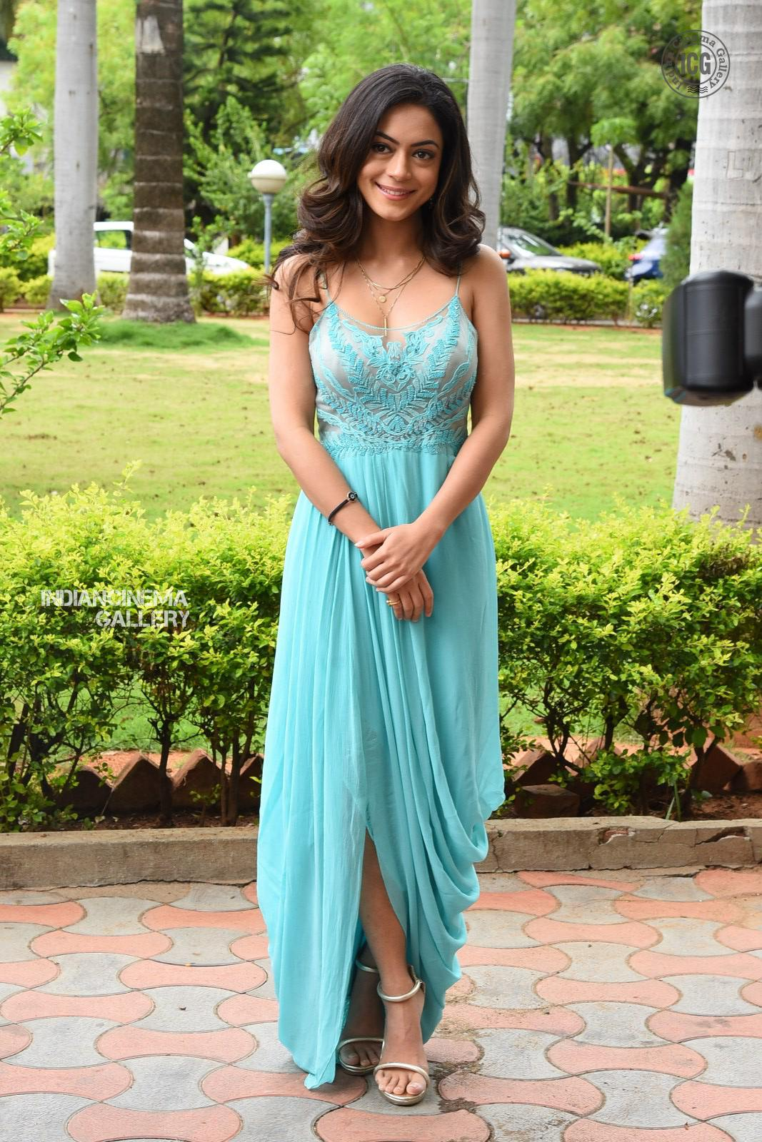 Anya Singh Stills (4)