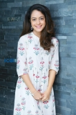 Anya Singh stills during interview (7)