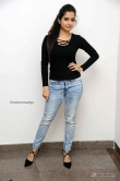Ashika Ranganath at Mugulu Nage movie press meet (6)