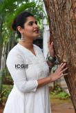 ashima-narwal-in-white-salwar-20