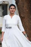 ashima-narwal-in-white-salwar-3