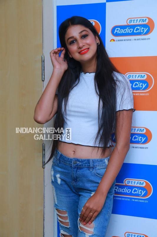 Actress Avantika Hari Nalwa Stills (16)