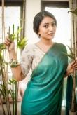 Bommu lakshmi photo shoot stills (22)