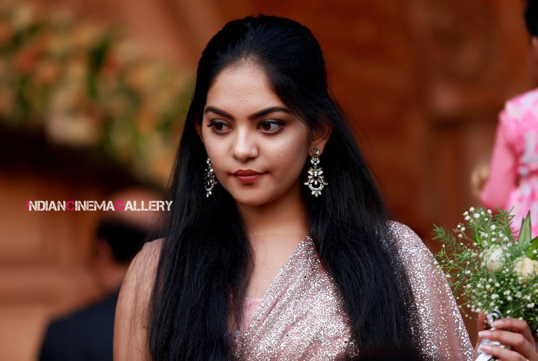 Ahaana Krishna at pearly maaney reception (3)