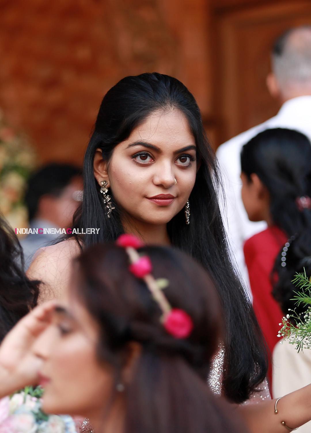 Ahaana Krishna at pearly maaney reception (9)