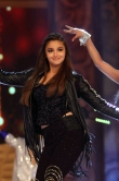 aalia-bhatt-dancing-at-umang-2015-16168