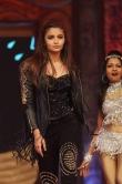 aalia-bhatt-dancing-at-umang-2015-145089