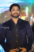 Allu Arjun at Vijetha Success meet (22)