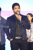 Allu Arjun at Vijetha Success meet (28)