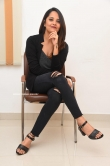 Anasuya Bharadwaj photos in black dress (17)