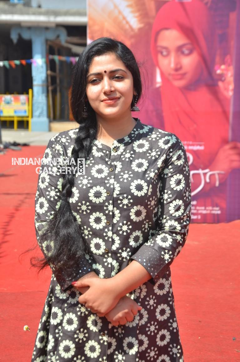 Anu Sithara at ameer movie pooja (3)