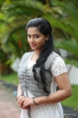 anu-sithara-in-sarvopari-palakkaran-movie-126286