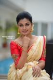 Anusree in kerala set saree stills (19)