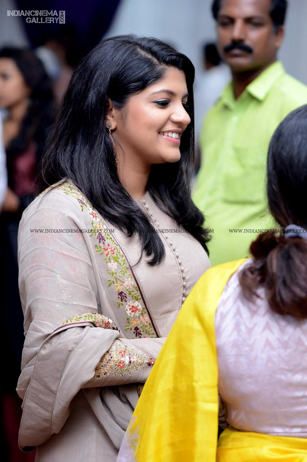 Aparna Balamurali at Arjun Ashokan reception (3)