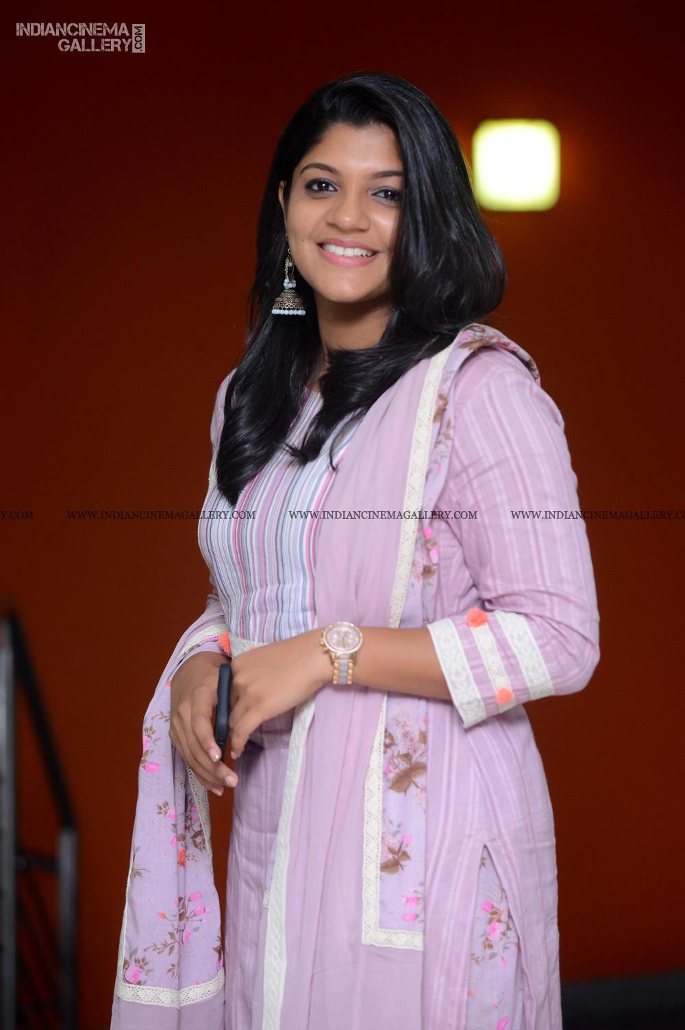 Aparna Balamurali at Sakalakalashala Audio Launch (4)