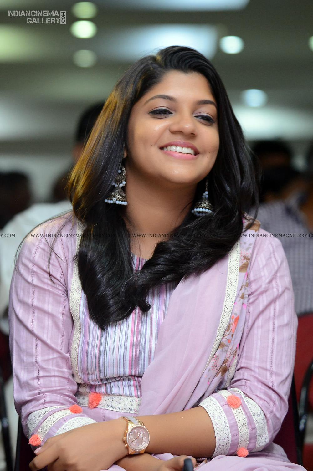 Aparna Balamurali at Sakalakalashala Audio Launch (6)