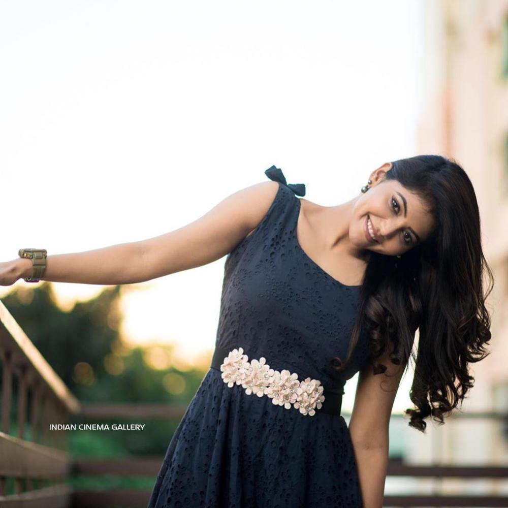 Athulya Ravi Instagram Photos(6)