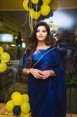 Athulya Ravi in blue saree stills (2)