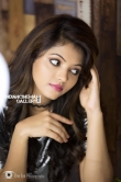 Athulya Ravi photo shoot stills (3)