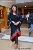 actress-mannara-chopra-latest-stills-89411