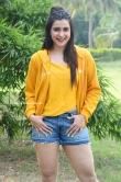 Mannara Chopra at Hi 5 Movie Shooting Coverage Press Meet (12)