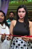 mannara-chopra-at-trendz-designer-exhibition-launch-263290