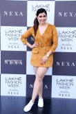 Mannara chopra at lakme fashion week (2)