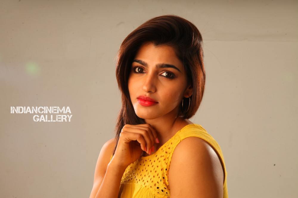 Dhansika in Uchakattam Movie (2)