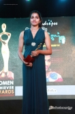 dhansika-at-raindrops-2nd-annual-women-achiever-awards-2014-14627