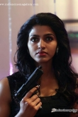 dhansika-in-thiranthidu-seese-movie-17543