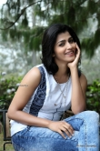 Sai Dhansika in Uru Movie (5)