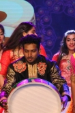 gayathri-suresh-at-anand-film-awards-2016-64878