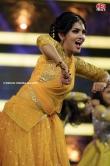 Gayathri Suresh dance at red fm music awards 2019 (21)