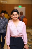 Honey Rose atThe grant father audio launch (3)
