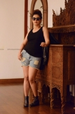 Honey Rose new photo shoot november 2018 (10)