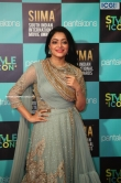 Janani Iyer at SIIMA Awards 2019 (2)