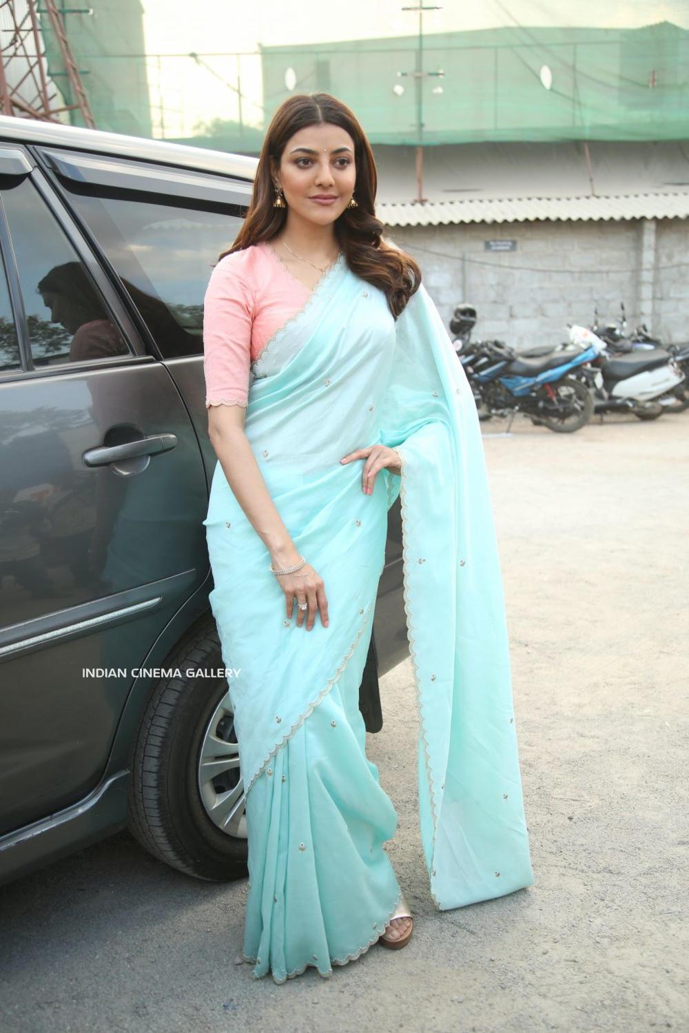 Kajal Aggarwal in saree dress (4)