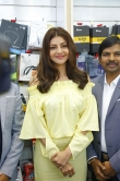 kajal agarwal at happi mobiles 57th store opening (4)