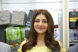 kajal agarwal at happi mobiles 57th store opening (8)