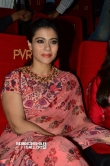 kajol devgan at vip 2 press meet (12)
