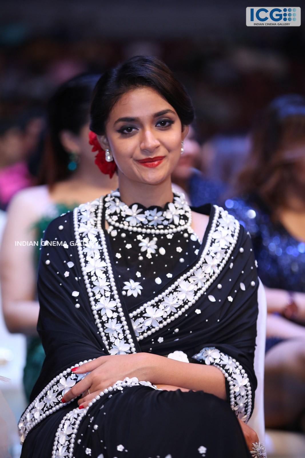 Keerthi Suresh at SIIMA Awards 2019 (11)