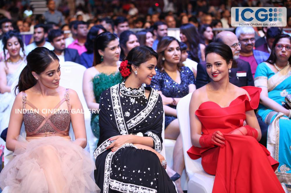 Keerthi Suresh at SIIMA Awards 2019 (2)