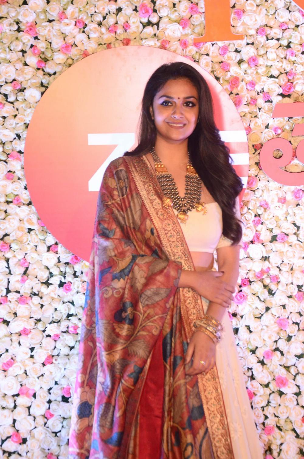 Keerthy Suresh at Zee Awards 2019 (4)