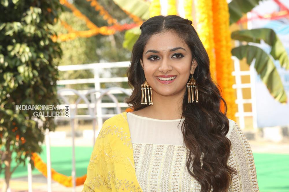 Keerthy suresh at her new movie opening (15)