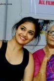 keerthi-suresh-selfie-at-iffk-2015-kerala-film-festival-day-2-15086