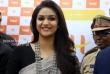 Keerthy Suresh at Happi Mobiles Grand Store Opening (1)