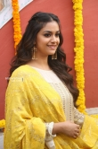 Keerthy suresh at her new movie opening (12)